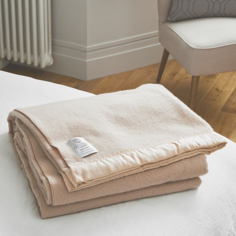 John Atkinsion North Star Double Champagne Calming Blankets