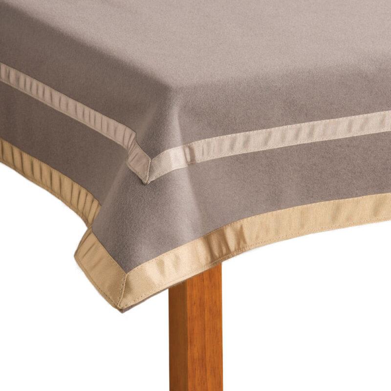 Penhallows Merino Wool Gaming Cloth corner