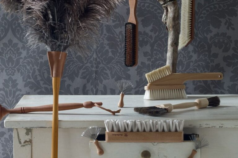 Read more about the article Redecker Fabric Brushes
